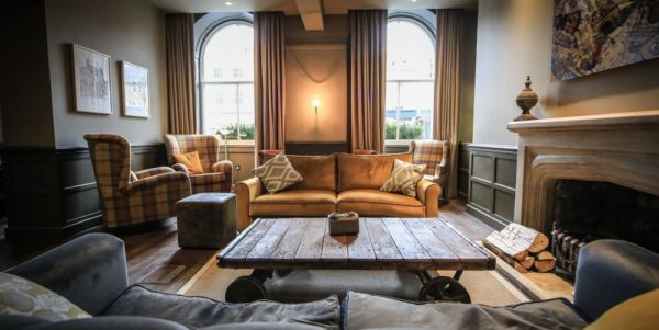 kings head dog friendly hotel cirencester