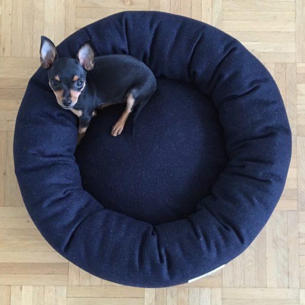 Donut Dog Bed Vackertass